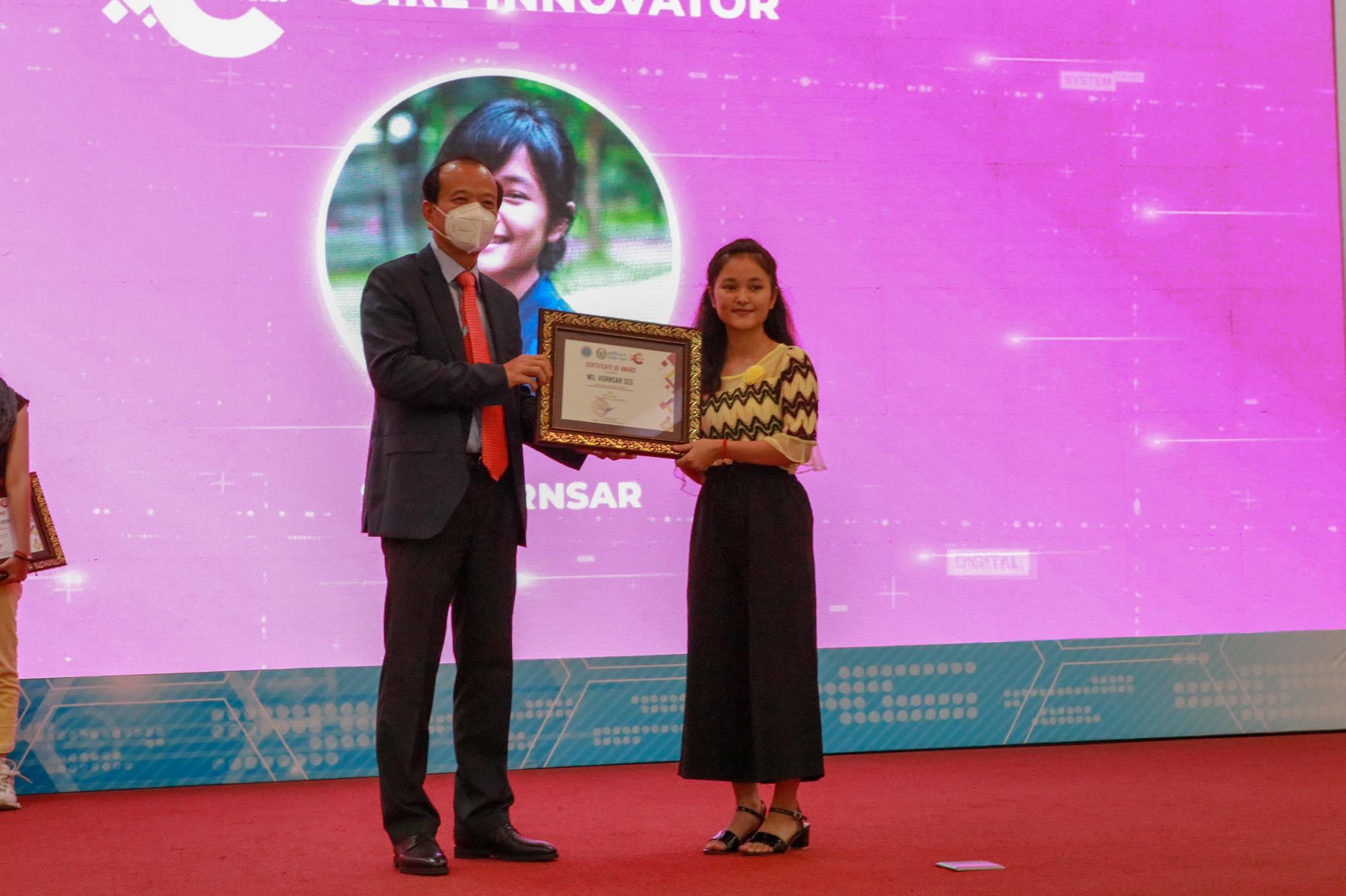 The New Sprout Award (Girl Innovator), Miss Ses Vansar